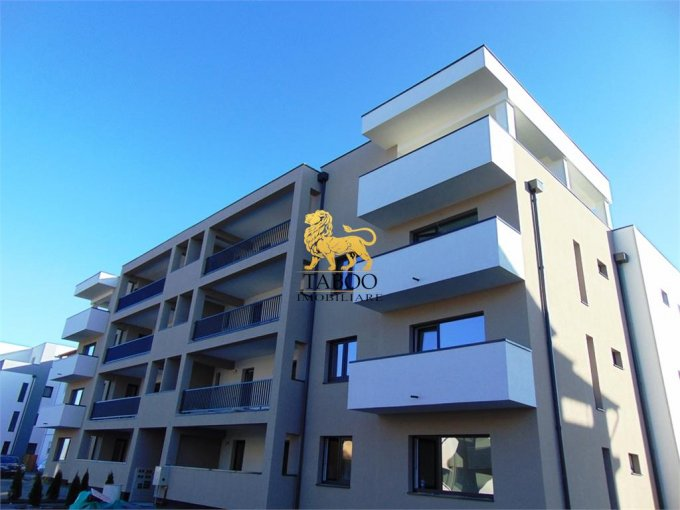 Apartament de vanzare in Sibiu cu 3 camere, cu 2 grupuri sanitare, suprafata utila 82 mp. Pret: 58.000 euro.