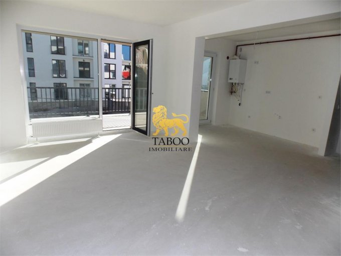 Apartament de vanzare in Sibiu cu 3 camere, cu 2 grupuri sanitare, suprafata utila 77 mp. Pret: 70.000 euro.