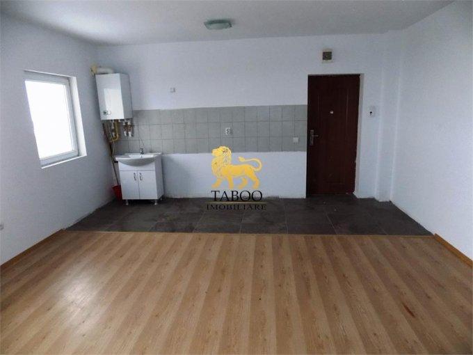 Apartament vanzare Cedonia cu 3 camere, etajul 5 / 5, 1 grup sanitar, cu suprafata de 70 mp. Sibiu, zona Cedonia.