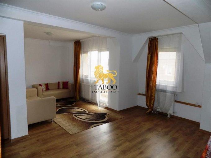 Apartament inchiriere Sibiu 3 camere, suprafata utila 82 mp, 1 grup sanitar. 280 euro. Etajul Mansarda / 5. Apartament Vasile Aaron Sibiu