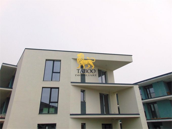 vanzare Apartament Sibiu cu 3 camere, cu 2 grupuri sanitare, suprafata utila 80 mp. Pret: 60.000 euro.