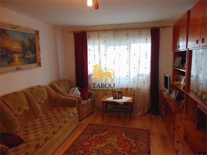 Apartament vanzare Sibiu 3 camere, suprafata utila 66 mp, 1 grup sanitar. 43.900 euro. La Parter / 4. Apartament Turnisor Sibiu