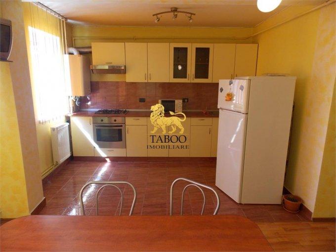 Apartament de vanzare in Sibiu cu 3 camere, cu 1 grup sanitar, suprafata utila 72 mp. Pret: 35.500 euro.
