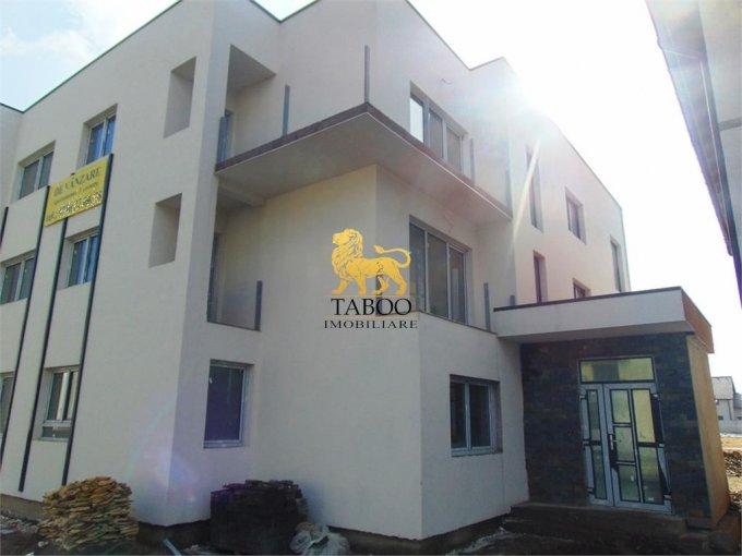 Apartament de vanzare in Sibiu cu 3 camere, cu 1 grup sanitar, suprafata utila 78 mp. Pret: 60.000 euro.