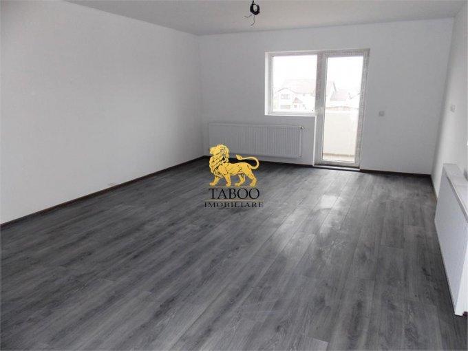 vanzare Apartament Sibiu cu 3 camere, cu 2 grupuri sanitare, suprafata utila 73 mp. Pret: 52.500 euro.