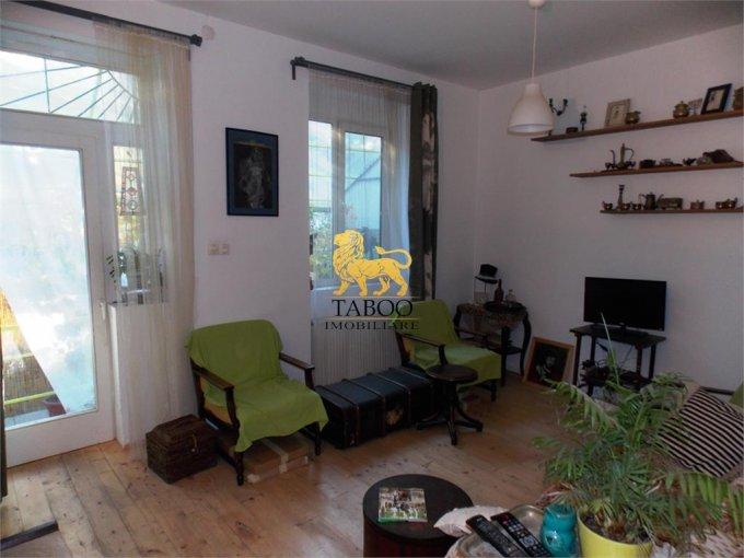 Apartament de vanzare in Sibiu cu 3 camere, cu 1 grup sanitar, suprafata utila 122 mp. Pret: 75.000 euro.