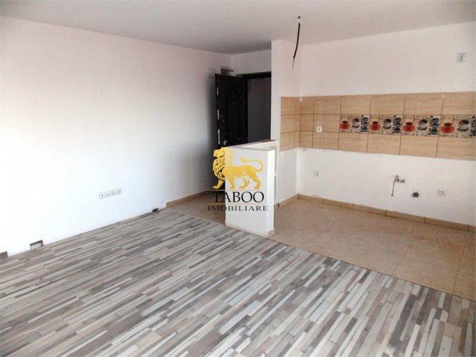 Apartament vanzare Sibiu 3 camere, suprafata utila 54 mp, 1 grup sanitar. 34.000 euro. Etajul 1 / 3. Apartament Calea Cisnadiei Sibiu