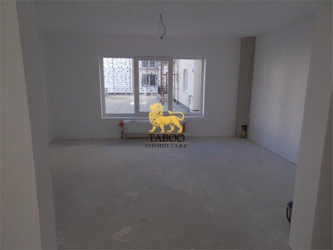 vanzare Apartament Sibiu cu 3 camere, cu 1 grup sanitar, suprafata utila 71 mp. Pret: 40.000 euro.
