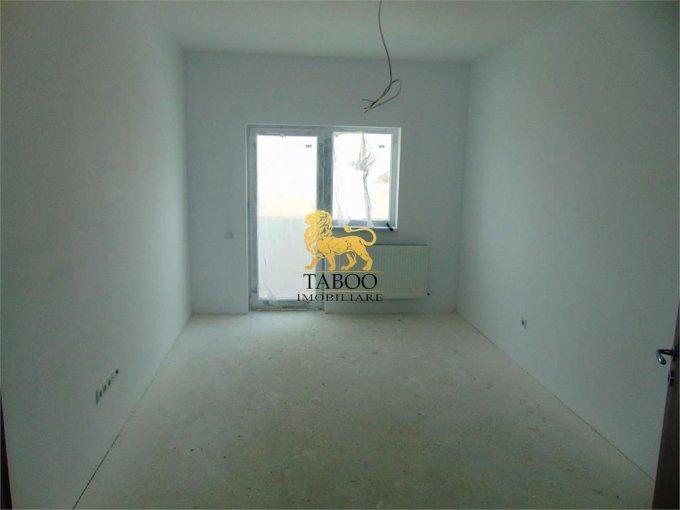 Apartament vanzare Sibiu 3 camere, suprafata utila 71 mp, 2 grupuri sanitare. 51.000 euro. Etajul 1 / 3. Apartament Calea Cisnadiei Sibiu