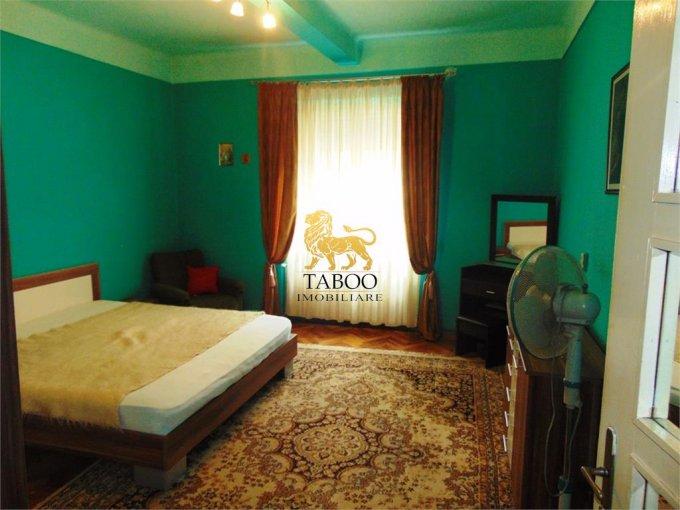 Apartament de vanzare in Sibiu cu 3 camere, cu 1 grup sanitar, suprafata utila 70 mp. Pret: 64.800 euro.
