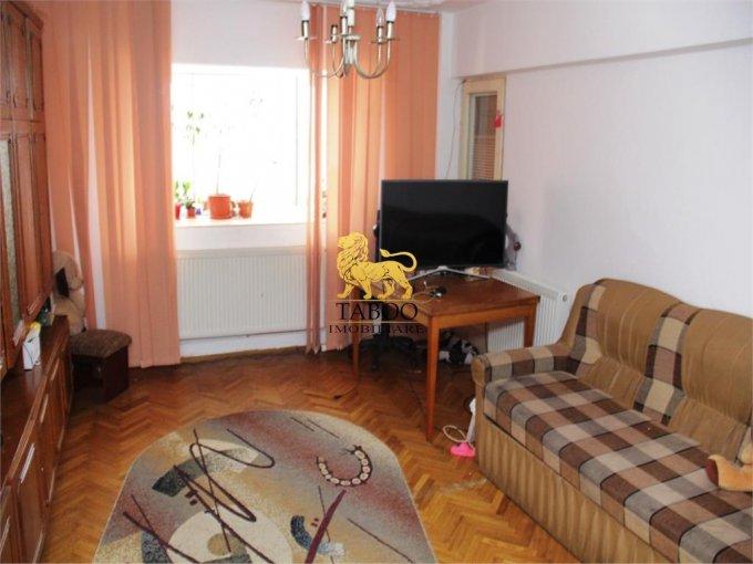 Apartament vanzare Trei Stejari cu 3 camere, etajul 7 / 7, 2 grupuri sanitare, cu suprafata de 73 mp. Sibiu, zona Trei Stejari.