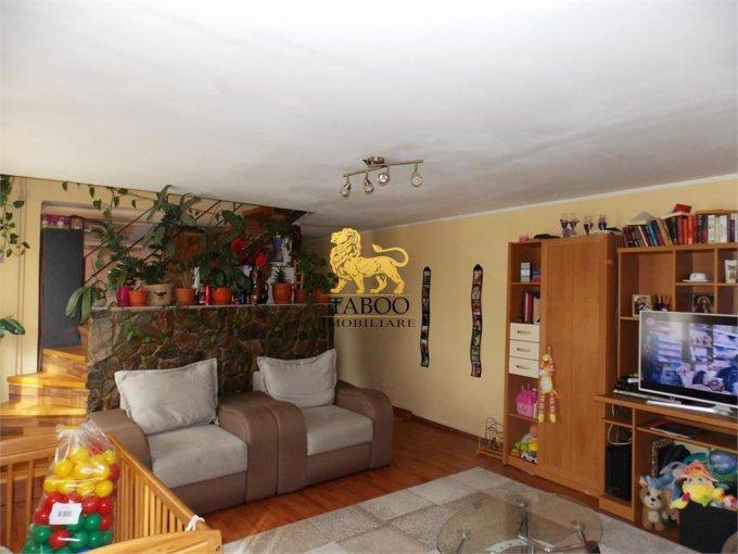 Apartament vanzare cu 3 camere, etajul 5 / 5, 1 grup sanitar, cu suprafata de 65 mp. Sibiu.