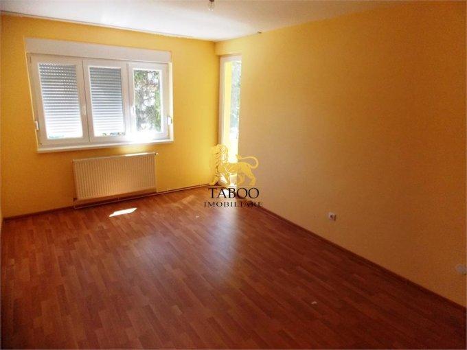 Apartament inchiriere Strand cu 3 camere, etajul 1 / 4, 1 grup sanitar, cu suprafata de 65 mp. Sibiu, zona Strand.