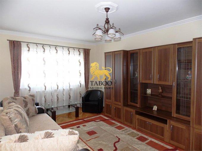 Apartament de inchiriat direct de la agentie imobiliara, in Sibiu, cu 350 euro. 2 grupuri sanitare, suprafata utila 68 mp.