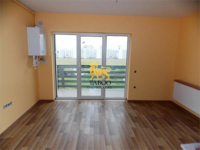Apartament de vanzare direct de la agentie imobiliara, in Sibiu, in zona Calea Cisnadiei, cu 52.000 euro. 2 grupuri sanitare, suprafata utila 74 mp.