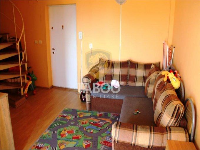 Apartament de vanzare in Sibiu cu 3 camere, cu 1 grup sanitar, suprafata utila 54 mp. Pret: 35.000 euro.