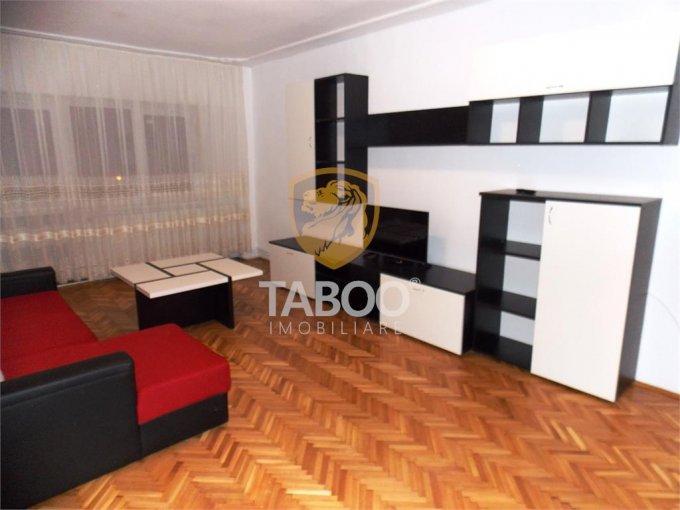 Apartament inchiriere Sibiu 3 camere, suprafata utila 91 mp, 2 grupuri sanitare. 330 euro. Etajul 6 / 10. Apartament Gara Sibiu