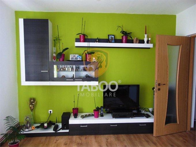 Apartament vanzare Selimbar cu 3 camere, etajul 2 / 2, 2 grupuri sanitare, cu suprafata de 74 mp. Sibiu, zona Selimbar.