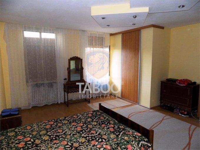 Apartament vanzare Sibiu 3 camere, suprafata utila 75 mp, 1 grup sanitar. 81.000 euro. La Parter. Apartament Sibiu
