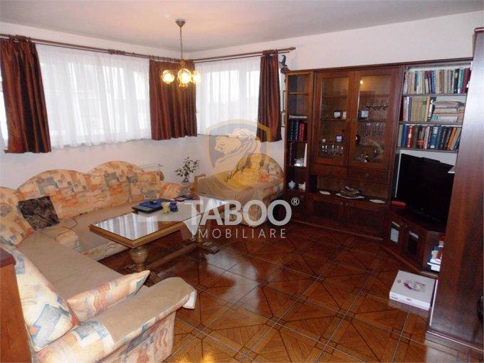 Apartament de vanzare in Sibiu cu 3 camere, cu 1 grup sanitar, suprafata utila 79 mp. Pret: 96.900 euro.