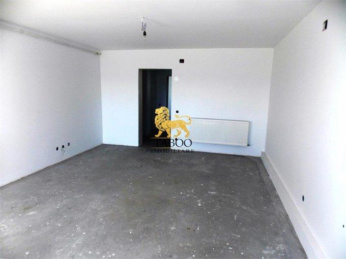 Apartament vanzare Calea Cisnadiei cu 3 camere, etajul 2 / 3, 1 grup sanitar, cu suprafata de 48 mp. Sibiu, zona Calea Cisnadiei.