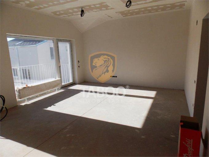 vanzare Apartament Sibiu cu 3 camere, cu 2 grupuri sanitare, suprafata utila 71 mp. Pret: 59.900 euro.