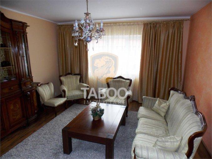vanzare Apartament Sibiu cu 3 camere, cu 2 grupuri sanitare, suprafata utila 84 mp. Pret: 80.000 euro.