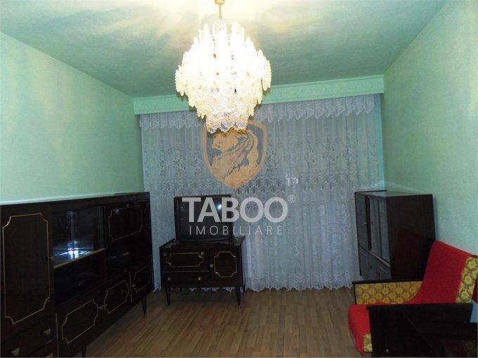 Apartament de vanzare direct de la agentie imobiliara, in Sibiu, in zona Ciresica, cu 62.000 euro. 2 grupuri sanitare, suprafata utila 67 mp.