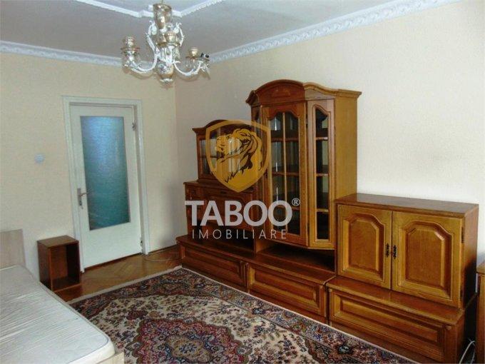Apartament de vanzare in Sibiu cu 3 camere, cu 2 grupuri sanitare, suprafata utila 70 mp. Pret: 99.000 euro.