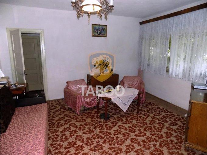 Apartament de vanzare in Sibiu cu 3 camere, cu 1 grup sanitar, suprafata utila 84 mp. Pret: 85.000 euro.