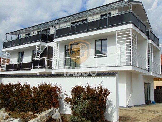 Apartament de vanzare in Sibiu cu 3 camere, cu 2 grupuri sanitare, suprafata utila 74 mp. Pret: 58.640 euro.