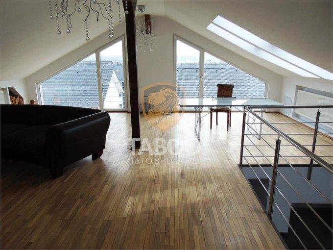 inchiriere Apartament Sibiu cu 3 camere, cu 2 grupuri sanitare, suprafata utila 150 mp. Pret: 550 euro.