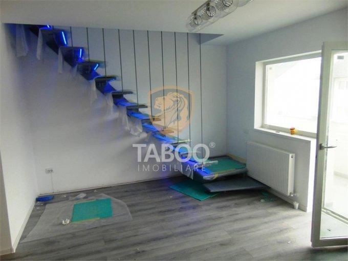 vanzare Apartament Sibiu cu 3 camere, cu 2 grupuri sanitare, suprafata utila 104 mp. Pret: 59.900 euro.