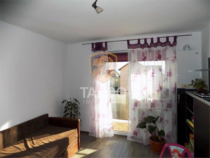 Apartament vanzare cu 3 camere, etajul Mansarda / 5, 1 grup sanitar, cu suprafata de 60 mp. Sibiu.