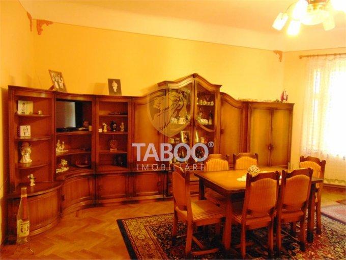 Apartament de vanzare in Sibiu cu 3 camere, cu 1 grup sanitar, suprafata utila 70 mp. Pret: 92.000 euro.