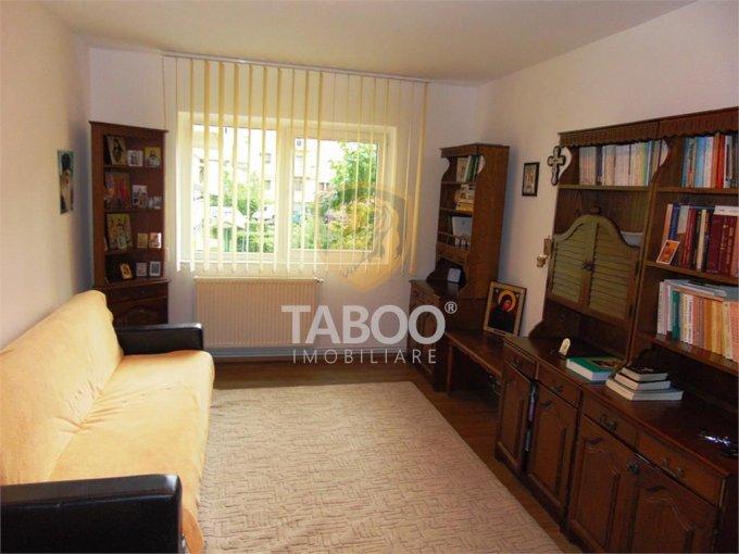 Apartament vanzare Sibiu 3 camere, suprafata utila 60 mp, 1 grup sanitar. 60.000 euro. La Parter / 4. Apartament Valea Aurie Sibiu