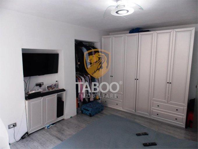 Apartament vanzare cu 3 camere, la Parter / 1, 1 grup sanitar, cu suprafata de 71 mp. Sibiu.