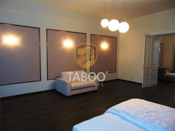 Apartament inchiriere Sibiu 3 camere, suprafata utila 130 mp, 2 grupuri sanitare. 690 euro. Etajul 1 / 1. Apartament Sibiu