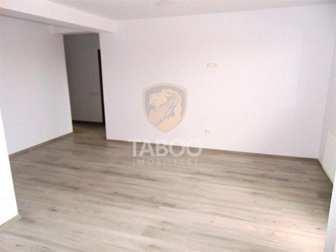 Apartament de vanzare direct de la agentie imobiliara, in Sibiu, in zona Selimbar, cu 69.900 euro. 2 grupuri sanitare, suprafata utila 75 mp.