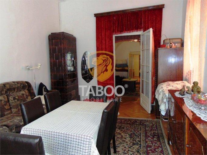 Apartament de vanzare in Sibiu cu 3 camere, cu 1 grup sanitar, suprafata utila 98 mp. Pret: 150.000 euro.