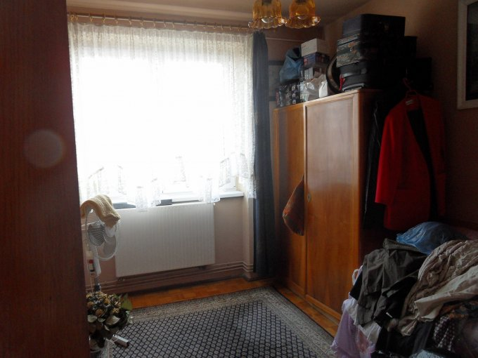 vanzare apartament semidecomandata, zona Hipodrom 2, orasul Sibiu, suprafata utila 63 mp