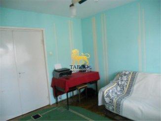 vanzare apartament cu 3 camere, semidecomandat, orasul Sibiu