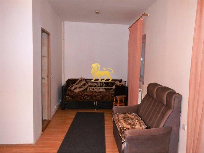 Apartament de vanzare in Sibiu cu 3 camere, cu 1 grup sanitar, suprafata utila 80 mp. Pret: 35.000 euro.