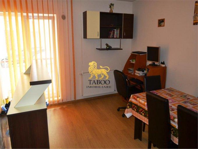 Apartament de vanzare direct de la agentie imobiliara, in Sibiu, in zona Gusterita, cu 38.500 euro. 1 grup sanitar, suprafata utila 48 mp.