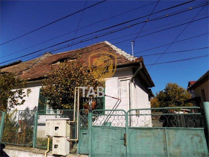 vanzare Apartament Sibiu cu 3 camere, cu 2 grupuri sanitare, suprafata utila 97 mp. Pret: 91.000 euro.