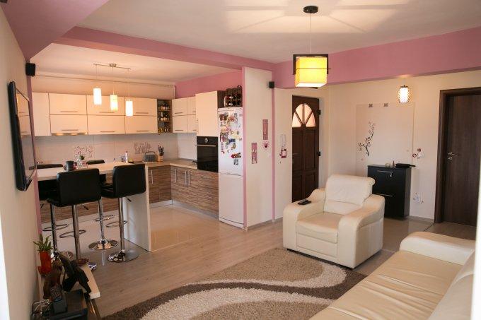 Apartament vanzare Cedonia cu 3 camere, etajul 4, 1 grup sanitar, cu suprafata de 84 mp. Sibiu, zona Cedonia.