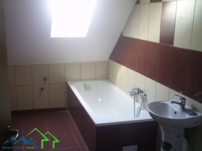 agentie imobiliara vand apartament decomandata, in zona Terezian, orasul Sibiu
