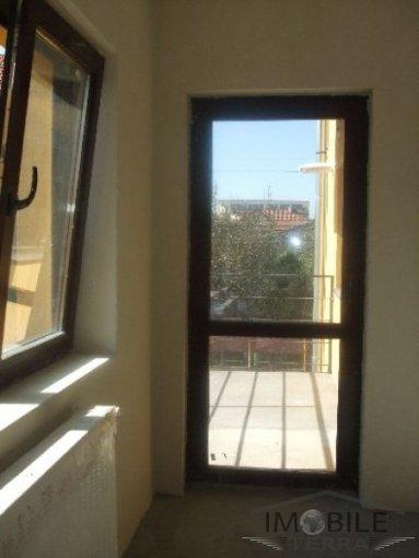 vanzare apartament cu 3 camere, decomandat, in zona Hipodrom 1, orasul Sibiu
