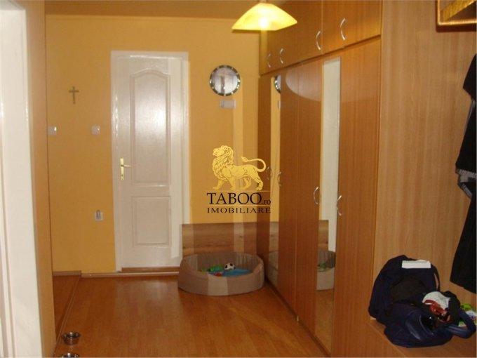 vanzare apartament decomandat, zona Strand, orasul Sibiu, suprafata utila 115 mp