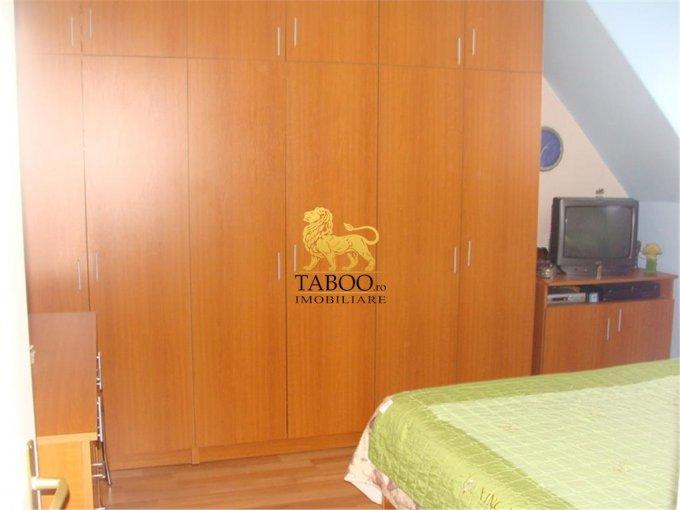 Apartament cu 4 camere de vanzare, confort 1, zona Strand,  Sibiu